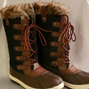 JustFab Size 8 Blue Brown Snow Boot Lace Up